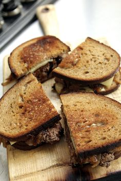 Burger patty melt