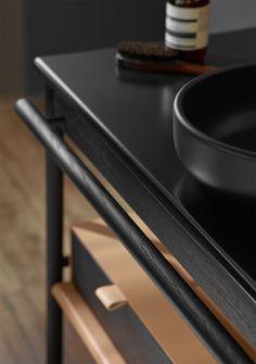 Classic Style Kitchen Furniture Timeless Furniture For Your Home Living Furniture, Kitchen Furniture, Cool Furniture, Furniture Design, Design Desk, White Furniture, Bathroom Trends, Diy Bathroom Decor, Bathroom Designs