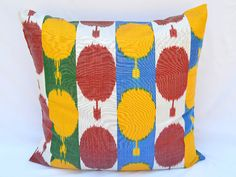 rosso giallo blu verde ikat copricuscino cuscino di SilkWay