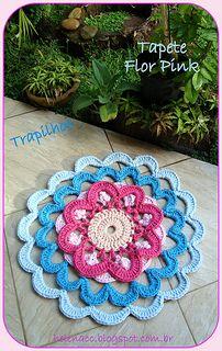 Tapete Flor Pink em Trapilhos ou Fio de Malha (Crochet Rag Rug)