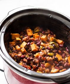 Vegetarian sweet potato chili slow cooker recipe | www.ifyougiveablondeakitchen.com