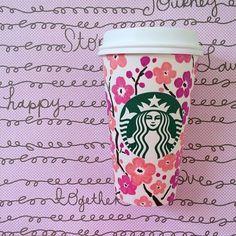My sakura cup. Arte Starbucks, Starbucks Cup Design, Copo Starbucks, Starbucks Drinks, Pink Starbucks, Coffee Cup Art, Coffee Love, Hot Coffee, Coffee Drinks