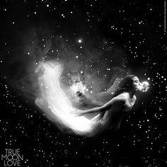 Black N White Images, Black And White, Kawaii Things, High Contrast, Tangled, Her Hair, Sky, Heaven, Rapunzel