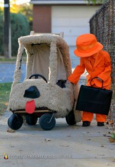 Mutt Cutts Van Dumb and Dumber Costumes... Coolest Homemade Costumes