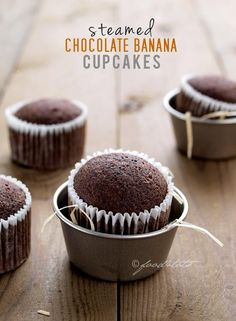Cupcake Recipes : Steamed Chocolate Banana Cupcakes