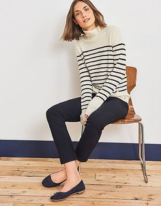 Crew Clothing Company 2018 - Find British casual outdoor clothing at Crew Clothing UK. Buy stylish men's and women's casual wear, rugby and polo shirts. Crew Clothing, Clothing Company, Casual Wear Women, Outdoor Outfit, Stylish Men, Knitwear, Jumper, Cashmere, How To Wear