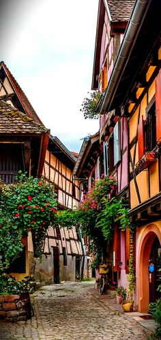 Almost feels like Germany but . this stunning town is Eguisheim, Alsace in France! Places To Travel, Places To See, Free Vacations, Beaux Villages, Holiday Places, France Travel, Cities, Travel Photos, Travel Inspiration