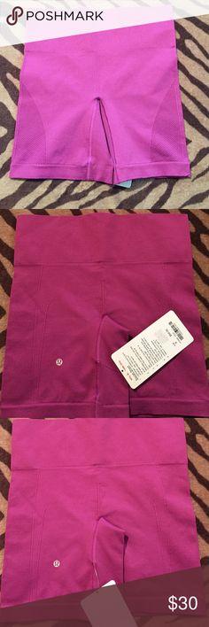 Lululemon sculpt shorts size 6 New light weight shorts, size 6, crisp tag. lululemon athletica Shorts