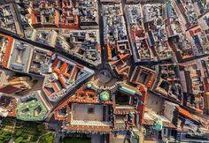 Arquitetura de Viena capital da Áustria!  -- Aproveite para me seguir também lá no @eduardomikail