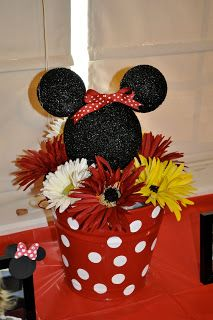 Minnie Mouse or Mickey Mouse Birthday Mickey Party, Mickey Minnie Mouse, Mickey Mouse Birthday, Minnie Mouse Party, 2nd Birthday Parties, Birthday Fun, Birthday Ideas, Birthday Centerpieces, Table Centerpieces