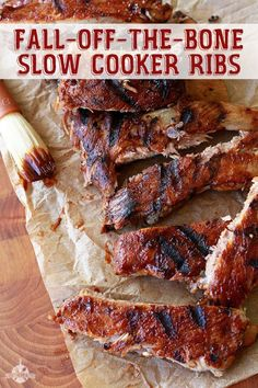 These easy fall off the bone slow cooker ribs are lick your fingers good. These easy fall off the bone slow cooker ribs are lick your fingers good. Slow Cooker Ribs Recipe, Crock Pot Slow Cooker, Crock Pot Cooking, Slow Cooker Recipes, Cooking Recipes, Crock Pot Ribs, Cooking Ribs, Slow Cooker Steak, Crockpot Dishes