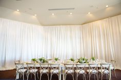Head Table - Lake Tahoe   Melina Wallisch Photography, Wedding Coordination by Felicia Events Featured on Style Me Pretty  http://www.stylemepretty.com/2015/02/04/stylish-lake-tahoe-summer-wedding/