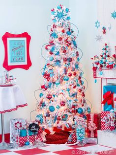 🌟Tante S!fr@ loves this 📌🌟Hobby Lobby Rockin' Aqua Christmas - so cute! I'm not big on white trees, but I love the colors! White Christmas Trees, Beautiful Christmas Trees, Christmas Tree Themes, Merry Little Christmas, Christmas Time, Christmas Ideas, Whimsical Christmas Trees, Retro Christmas Decorations, White Trees