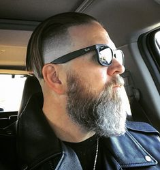 Mens Hairstyles With Beard, Slick Hairstyles, Top Hairstyles, Haircuts For Men, Beard Styles For Men, Hair And Beard Styles, Long Hair Styles, Slick Back Haircut, Beard Images
