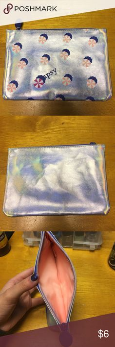 Ipsy holographic makeup bag Ipsy makeup bag! With a gorgeous holographic design and perfect condition this is a great makeup bag! No rips, stains, or flaws! Smoke free home! Accepting offers!❤️ ipsy Makeup
