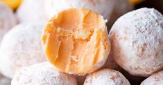 Delicious orange truffles that will remind you of all the creamsicle treats you had as a kid. Easy to make and a great snack for parties!