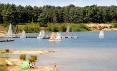 The excellent camping site De Binnenvaart enjoys a wonderful location amid natural surroundings on a natural lake. Camping Site, For Everyone, Campsite, Golf Courses, Holiday, Nature, Camping, Vacations, Naturaleza
