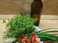Jak si připravit marinády na grilování | recepty | jaktak.cz Seaweed Salad, Ethnic Recipes, Food, Essen, Meals, Yemek, Eten