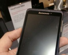 Lenovo's new line of Android phones will make you want to move to Russia - Até você Lenovo?! Kkkk