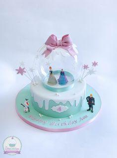 Frozen snow globe cake.