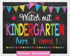 Watch Out first Grade Here I Come Sign Day of First Grade Kindergarten Quotes, Kindergarten First Day, Kindergarten Lesson Plans, Kindergarten Crafts, Kindergarten Registration, Kindergarten Door, Teaching Quotes, Teaching Ideas, 1st Day Of School