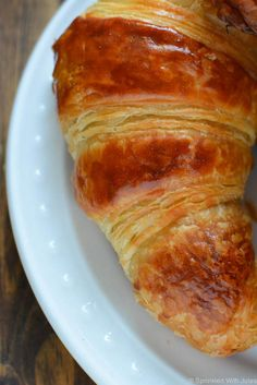 instant yeast 3 cups all-purpose flour, plus more for rolling dough cup sugar 2 tea. sticks) butter 1 egg 1 T. Bread Recipes, Cooking Recipes, Bakery Recipes, Homemade Croissants, Croissant Recipe, Instant Yeast, Good Food, Food And Drink, Tasty