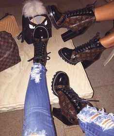 Feb 2020 - Louis Vuitton boots Louis Vuitton boots Source by vuitton shoes Heeled Boots, Shoe Boots, Shoes Heels, Lv Boots, Gucci Boots, Ankle Boots, Buy Shoes, Sneakers Fashion, Fashion Shoes