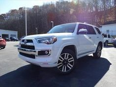2015 Toyota 4Runner Limited Princeton WV |serving Bluefield Bland Bastian West Virginia JTEBU5JR6F5204378