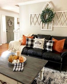 26 Fall Decor Ideas for Your Living Room Design Living Room Decoration fall living room decor Fall Home Decor, Autumn Home, Diy Home Decor, Rustic Fall Decor, Country Fall Decor, Rustic Room, Fall Living Room, Living Room Decor, Living Room Halloween Decor