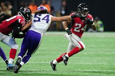 Should the Falcons have gone for it on fourth down late against the Vikings?