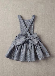 Nellystella Ella Dress in Light Grey Foil - – Hello Alyss - Designer Children's Fashion Boutique Fashion Kids, Baby Girl Fashion, Sewing Hacks, Sewing Tips, Sewing Tutorials, Sewing Ideas, Sewing Crafts, Sewing Projects For Beginners, Diy Projects