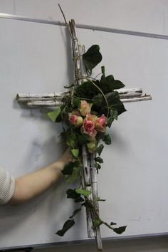 Cemetary Decorations, Christmas Yard Decorations, Flower Decorations, Funeral Floral Arrangements, Christmas Floral Arrangements, Flower Arrangements, Diy Wreath, Wreaths, Cross Wreath