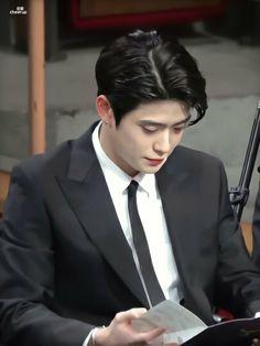 Winwin, Taeyong, Jaehyun Nct, Nct 127, Park Ji Sung, Disney Princes, Valentines For Boys, Jung Jaehyun, Jung Woo