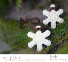 Snowflake Christmas Ornaments handmade with Natural Salt Dough by BBHCreations on Etsy #etsyfinds #etsy #chaoscurators