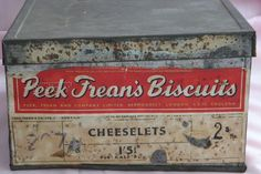 Antique Peek Freans Cheeselet Biscuit Tin A Lloyd & Sons used Tin, Biscuits, Vintage Items, Charms, Antiques, Ebay, Things To Sell, Crack Crackers, Antiquities