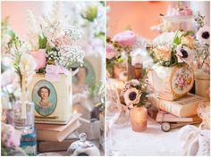 Vintage-Hochzeit Dekoration mit alten Teedosen und Büchern