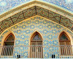 Tbilisi, Georgia: Persian tiles at the Sulfur Baths - Abanot-Ubani District