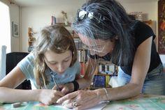 Professors i psicòlegs identifiquen deu conductes dels pares que entorpeixen l'educació dels nens   Un article de MAYTE RIUS     La maj...