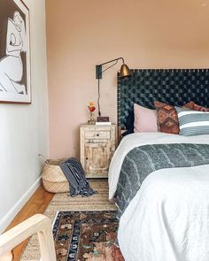 If I could think about the best advice to give when decorating your homes it will be to be patient! It takes time to create a beautiful… Cozy Bedroom, Bedroom Decor, First Home, Good Advice, Decorating Your Home, Modern Farmhouse, Interior And Exterior, Relax, Blanket