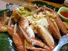 'Kegani' is a hair crab. It was caught in the Sea of Okhotsk.