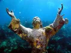 Underwater Statue of Jesus - John Pennekamp Coral Reef State Park, Key Largo, Florida. This makes me want to go scuba diving and see what other objects are in the sea. Key Largo Florida, Florida Keys, Florida Travel, Photoshop, The Places Youll Go, Places To Go, Christ Of The Abyss, Underwater Sculpture, Marco Island Florida