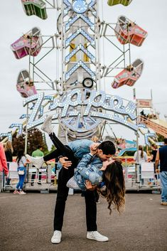 Such a fun and adorable engagement session at the fair! You need to check it out!!! Carnival engagement session! Photo by Karina and Maks photography