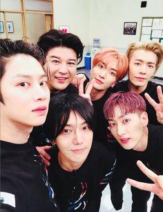 Heechul, Shindong, Leeteuk, Donghae, Yesung and Eunhyuk//Super Junior Eunhyuk, Kyuhyun, Kim Heechul, Lee Donghae, Siwon, Super Junior イトゥク, Super Junior Songs, Super Junior Leeteuk, K Pop