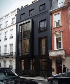 Love this black townhouse in London England