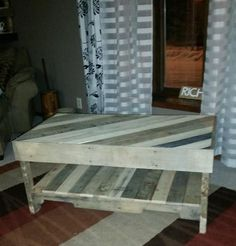 This is a coffee table that is definitely going to get noticed. (Keep in mind these are one of a kind and the pallet coloring can vary.) Dimensions are 40x19x1 #palletfurnitureeasy