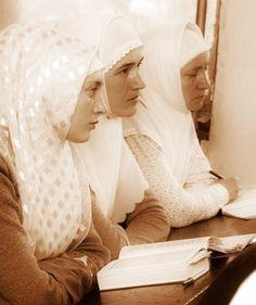 Nun Catholic, Head Coverings, Headscarves, Orthodox Christianity, Jesus Christ, Ruffle Blouse, Faith, Board, Tops