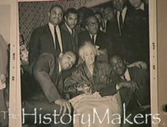 "The HistoryMakers: Omega Psi Phi members huddle around their fraternity mother, ""Sister"" Lottie Wilson. Jesse Jackson kneels at left, Calvin Morris kneels at right. Poet Langston Hughes, also an Omega, stands behind at center. African American Slavery, Langston Hughes, Omega Psi Phi, Fraternity, Law Of Attraction, Black History, Writer, Fiction, Author"
