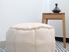 natural leather pouf, puf de cuero natural