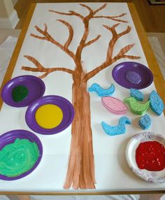 GIANT Sponge Stamping Art Bird or tree themed painting process art project for kids Bird Crafts Preschool, Preschool Art Projects, Toddler Art Projects, Toddler Activities, Projects For Kids, Preschool Activities, Crafts For Kids, Leadership Activities, Group Activities
