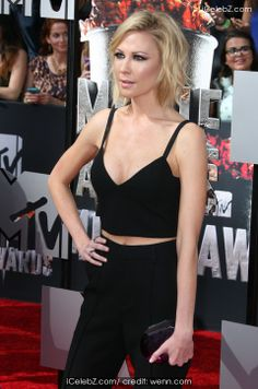 Desi Lydic 23rd Annual MTV Movie Awards at Nokia Theatre L.A. Live http://www.icelebz.com/events/23rd_annual_mtv_movie_awards_at_nokia_theatre_l_a_live/photo41.html